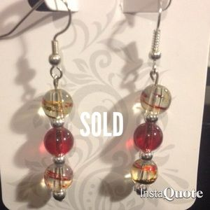 Jewelry - Red swirl earrings !