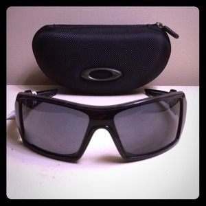 Authentic Oakley Oil Rig Sunglasses!