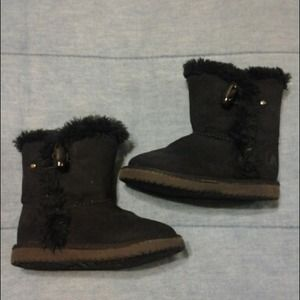 "Toddler ""Ugg like""  Boots"