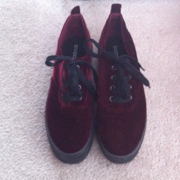25a382fc327e H M Shoes - ON HOLD H M platform velvet lace up sneakers