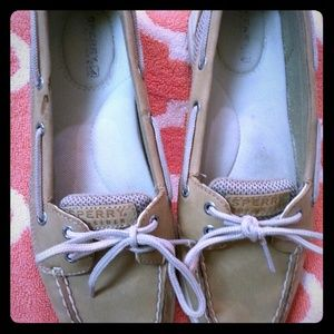 ReDUCED Women's Sperry Topsiders