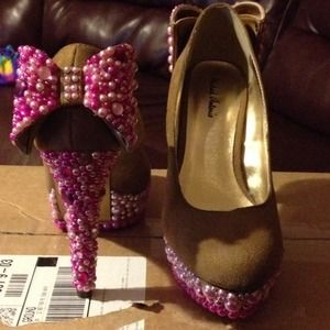 Hand beaded heels( new without tags)