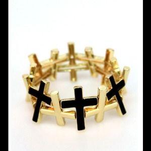 Jewelry - Black and gold tone stretchy bracelet