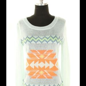 Sweaters - Aztec print spring sweater