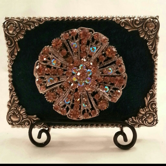239f3d5f7e3894 Ornate handcrafted belt buckle or scarf accessory