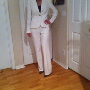 "CALVIN KLEIN 2PC PANTS SUIT ""WINTER WHITE"""