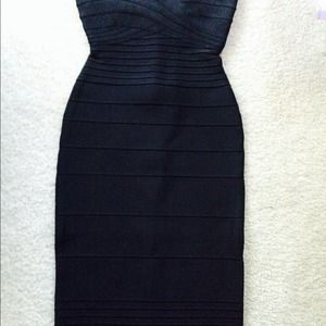 Herve Leger Dresses & Skirts - Herve leger Nazik strapless bandage dress-NWT