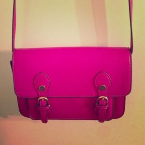 Hot pink Steve Madden purse