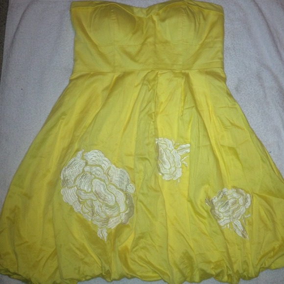 Forever 21 - Strapless yellow sundress from Maggie's closet on ...