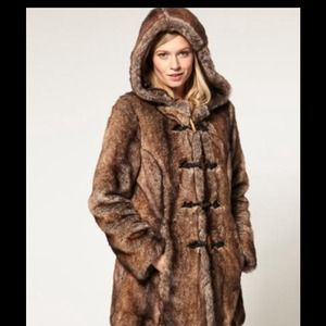 Asos Fur coat US 2