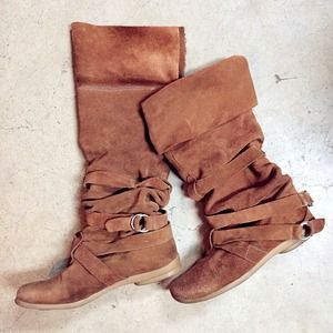 🔴 Nine West 2 Way wearing Boots