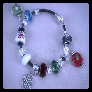 Jewelry - Christmas lamp work bracelet