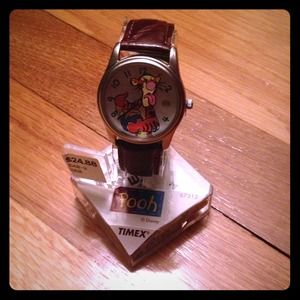 BNWT timex tigger watch with leather band