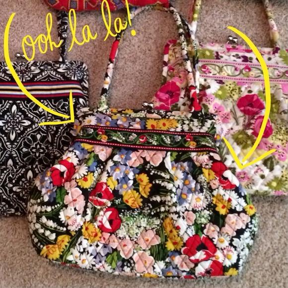 e749a8cb53b4 🆕Vera Bradley Poppy Fields Alice kisslock handbag.  M 52f30dc14845e6345806946b. Other Bags ...