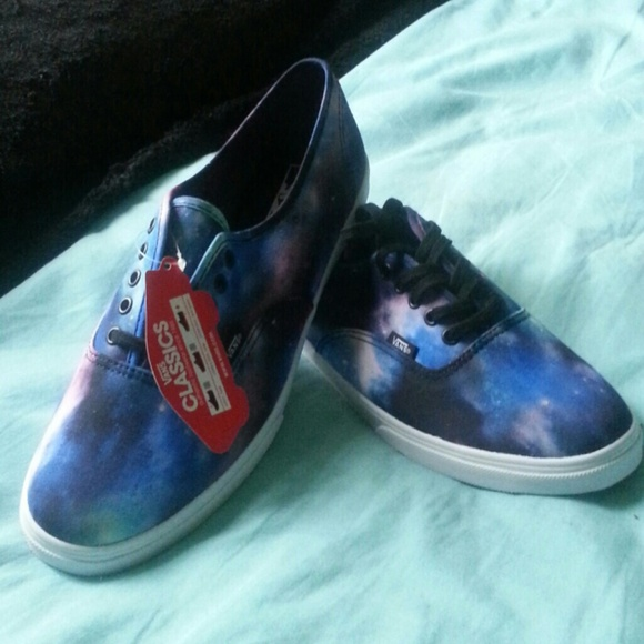 00a256588d Cosmic Galaxy Authentic Lo Pro Vans