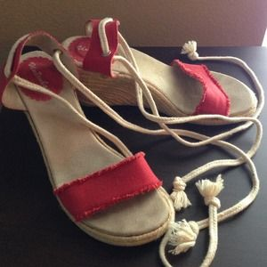"""Shoes - ⚡PRICED TO CLEAR⚡Red canvas wedge sandals, 3"""" Heel"""