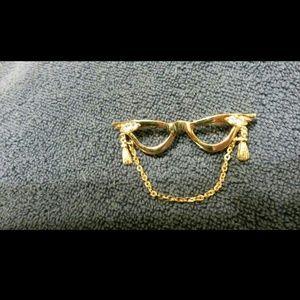 Vintage Eyeglasses Brooch