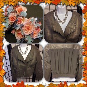 Jackets & Blazers - NWOT Beautiful Gray Moto Jacket