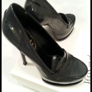 YSL, tribtoo 105 Moccasin 7.5 dark grey REDUCED!!