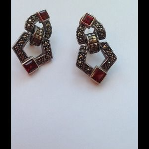 JudithJack Garnet Marcasite Earrings HP🎉