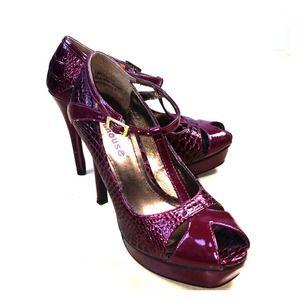 Shoes - ✨REDUCED!✨Next to new!  Stilettos faux snakeskin