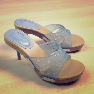 Shoes - ⚡REDUCED TO CLEAR⚡Baby blue stiletto