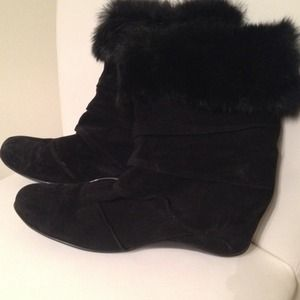 Reduced!! Aquatalia authentic rabbit fur boots
