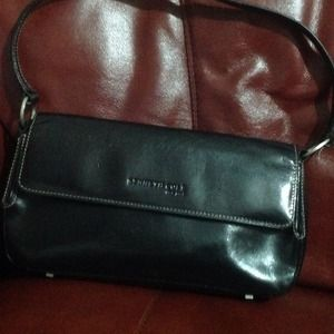 Small black leather handbag🌹🌺 REDUCED 🌹🌺