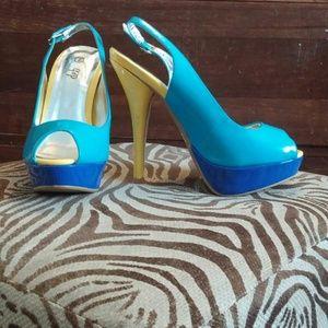 Open toe sling back platform heel
