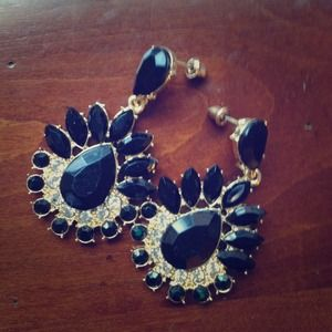 Jewelry - Black Sunburst Chandelier Earrings
