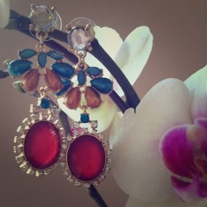 Jewelry - Red Feminine Jeweled Dangle Earrings