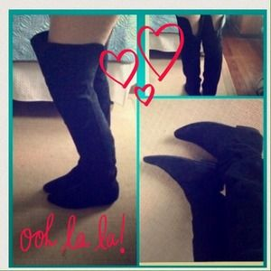 Over the knee flat suede boots
