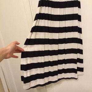 Old Navy Dresses & Skirts - Black and white striped dress