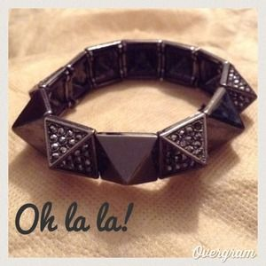 Zara Accessories - 💥Studded Bracelet💥