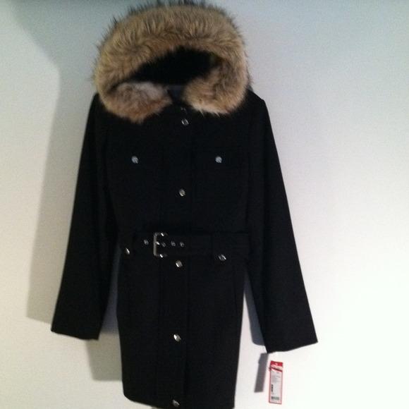 9d5b7d4484e Esprit Black Coat Faux Fur accented Hood