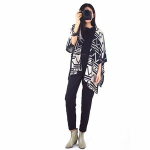 BSZW Accessories - Geometry print comfy oversized batt wing cardigan