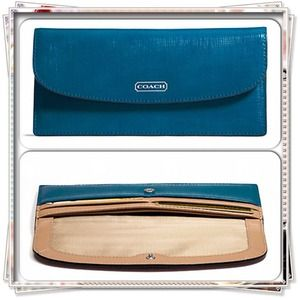 COACH DARCY PATENT LEATHER SOFT WALLET