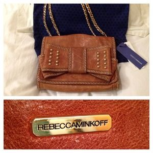 Rebecca Minkoff Handbags - 🎉HP 4/1🎉 Rebecca Minkoff Leather Bag