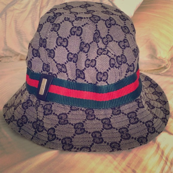 e7fff0435c3379 Gucci Accessories - ⬇️REDUCED⬇️Authentic Gucci bucket hat