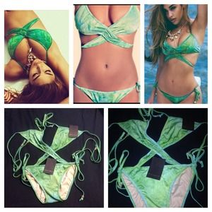 Brand New Mint Swim 2 Piece Bikini in Green