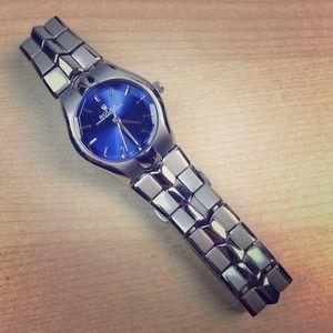 Accessories - Rolex watch lightly worn