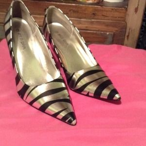 Shoes - Silver and zebra print pointed toe heels