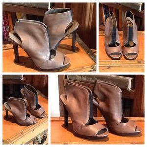 7 for All Mankind Gorgeous booties