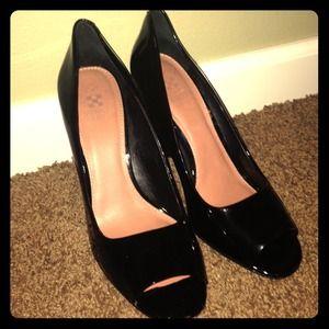 Vince Camuto Peep Toe Heels, size 8.5
