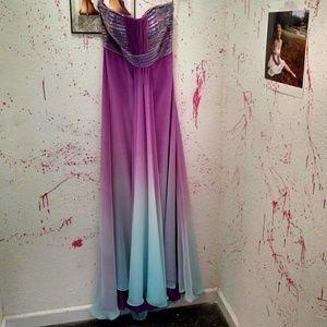 Dresses & Skirts - Nwt Hi low purple ombre prom dress size 12