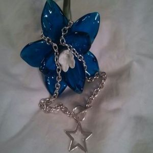 Jewelry - Star toggle necklace