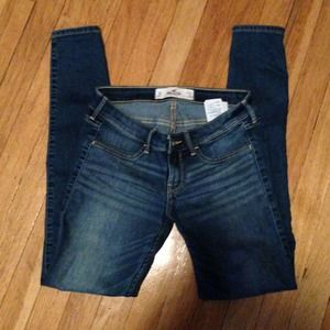 Hollister skinny jeans size 3R worn once