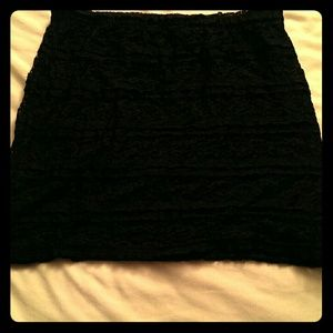 BLACK laced MINI SKIRT