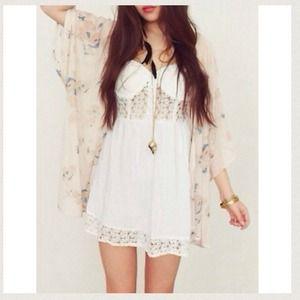 Be Boutique Dresses & Skirts - 💎👗Lace Bustier dress👗💎