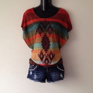 Tops - Butterfly sleeve top/Aztec print